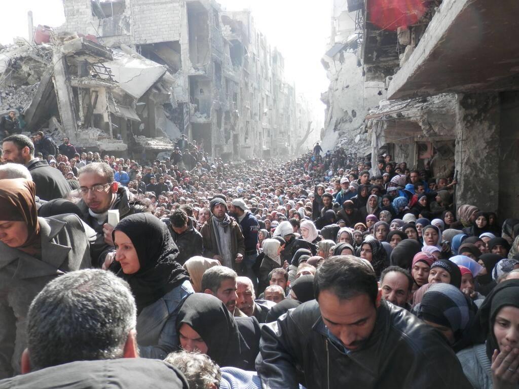 Làn sóng tị nạn tràn qua châu Âu vào mùa thu 2015