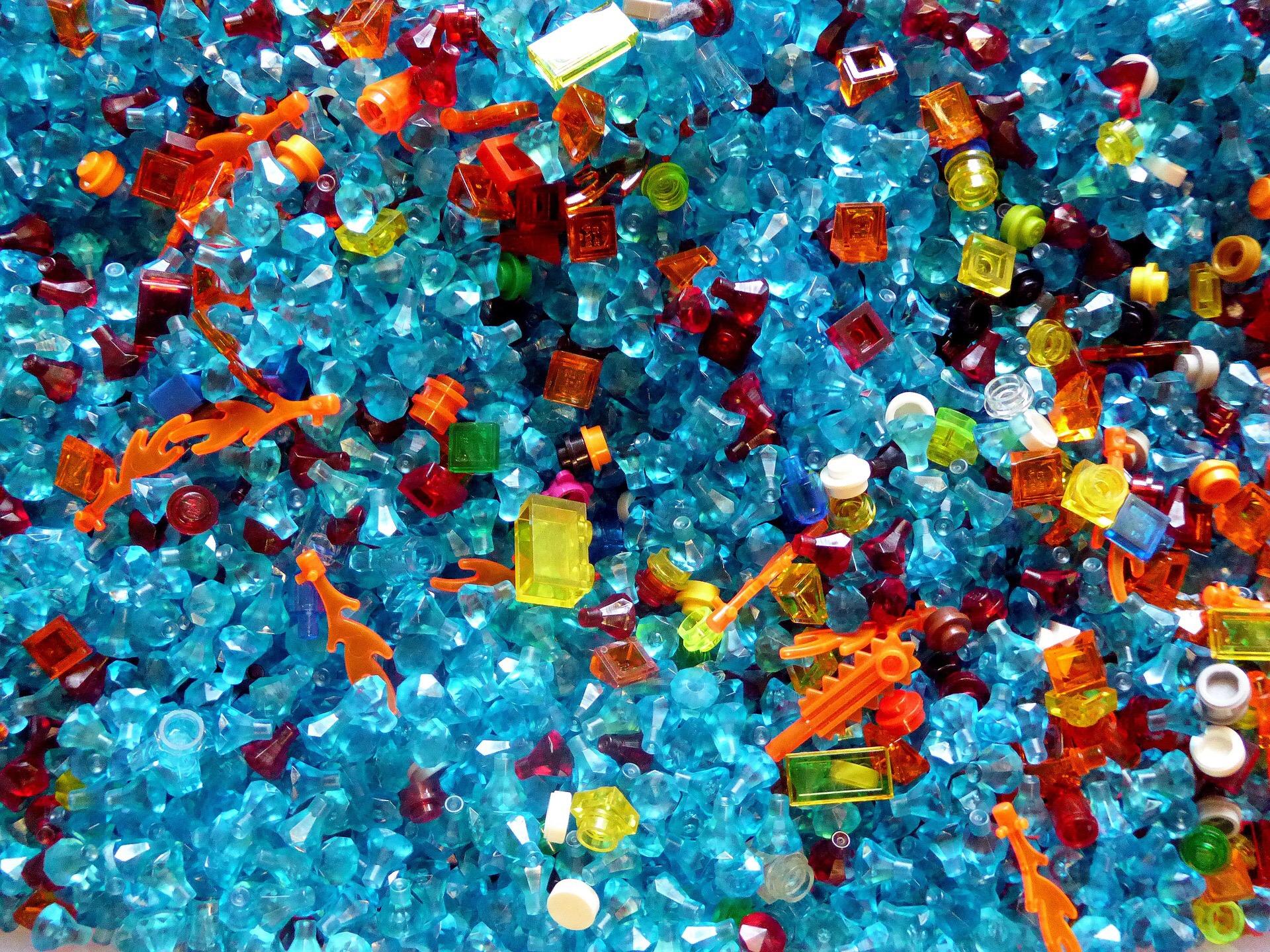 Nhựa thải ra biển chui vào bao tử … con người