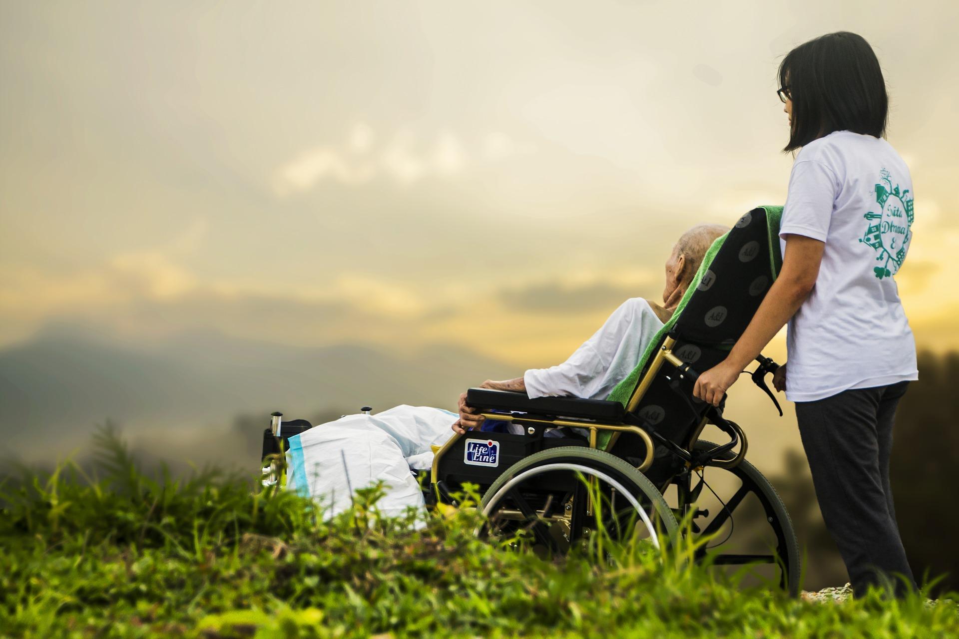 Cơ quan Valvira đã tạm ngưng hoạt động đối với các viện dưỡng lão tư nhân vì thiếu hụt nhân viên chăm sóc.